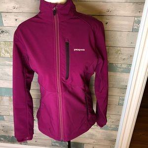 Patagonia soft shell jacket size small